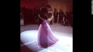 140102093526-kaley-cuoco-wedding-dance-story-top